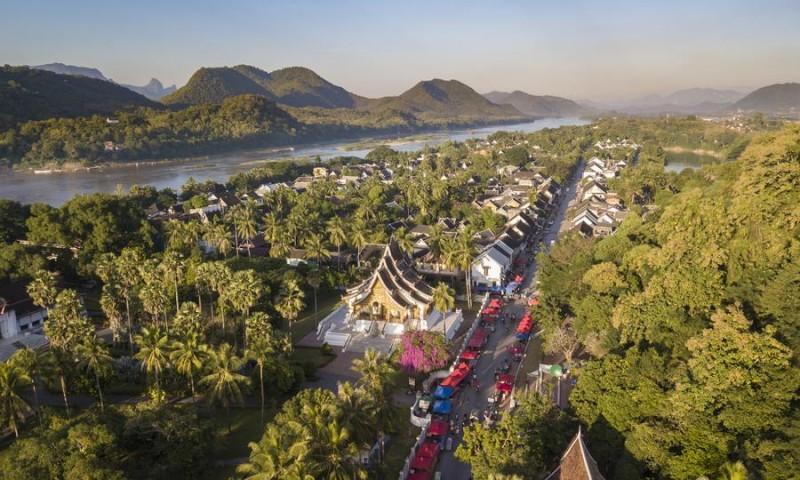 Сонный и замкнутый Лаос переживает быстрые перемены, поскольку Китай выстраивает связи с континентальной Юго-восточной Азией
