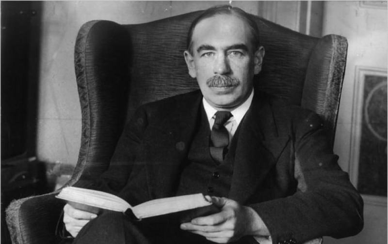 compare and contrast what policies keynes and hayek advocated regarding how the federal government s