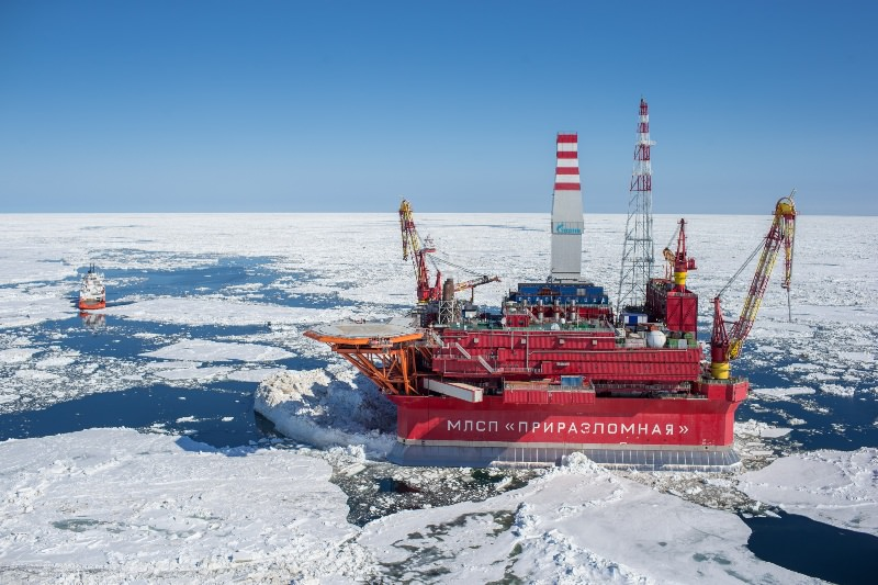 Стационарная арктическая буровая платформа