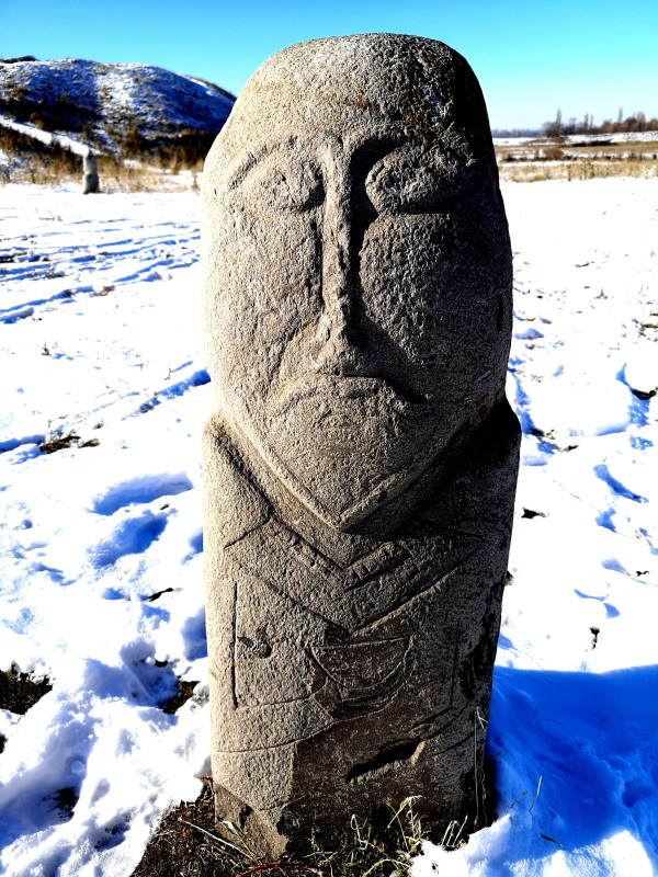 balbal-1500-year-old-stone-grave-marker-near-the-Burana-tower-e1576819085541